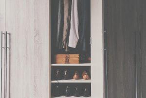 Szafa na ubrania i buty