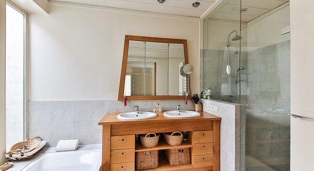 Salony z łazienkami, łazienka